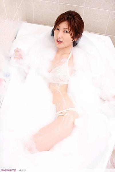 浴室性感大波小美女光滑诱惑14.jpg