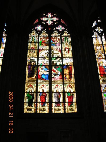 百年彩繪玻璃