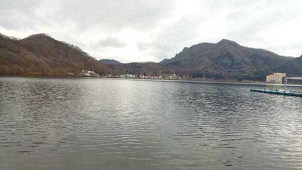 秋名湖湖光
