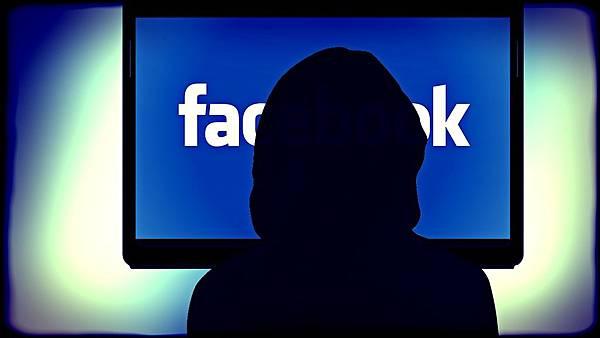 臉書言論管制