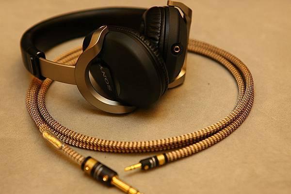 Sony_MDR-Z1000-06.JPG