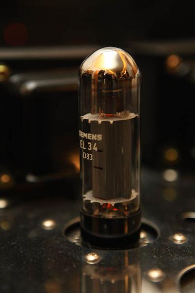 EL34-012.JPG