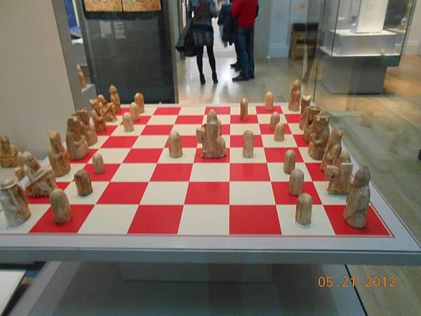 中世紀時代很有名的棋盤喔.JPG