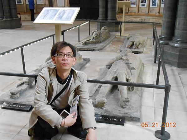 聖殿騎士墓.JPG