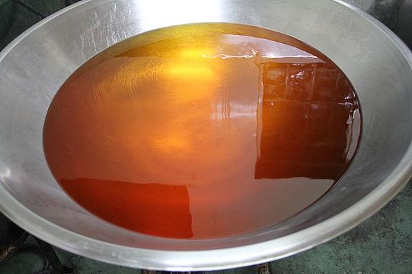 這裡是一大桶的油.jpg