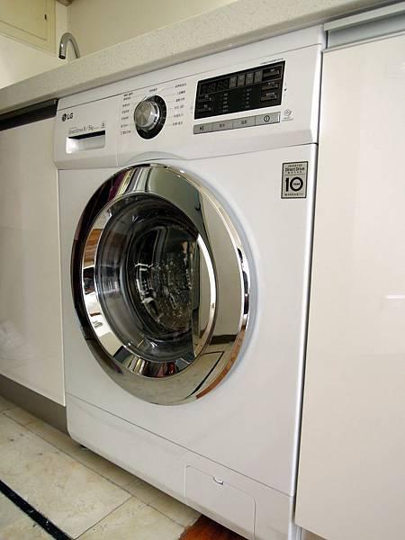 崁入式洗衣機