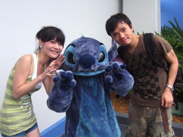 stitch!!!....說實話,我沒看過這部動畫XD