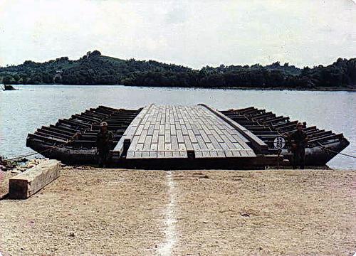 M4T6浮門橋03