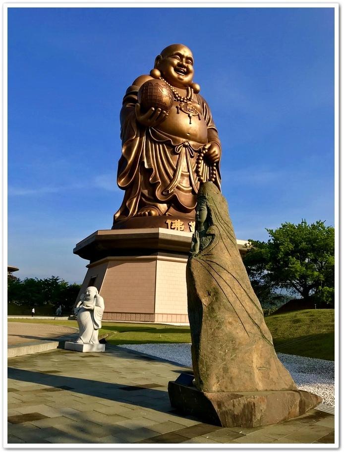 天恩彌勒佛院彌勒佛巨像