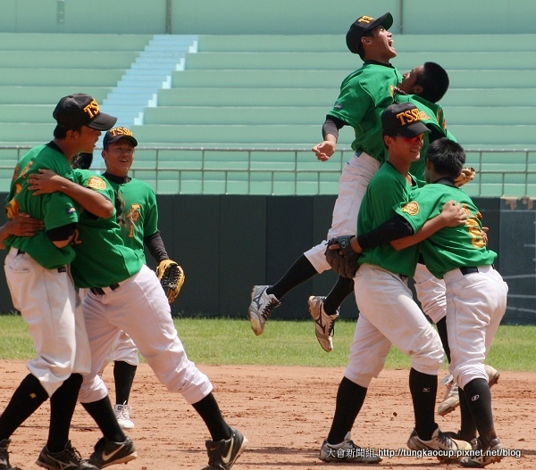 G29-睽違3年,東石高中藍隊再度打入冠軍戰。.JPG
