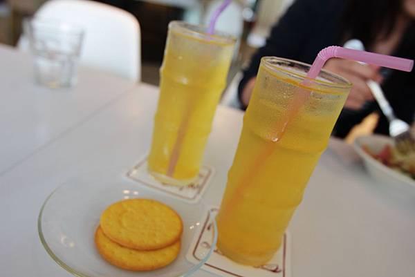附餐飲料-水蜜桃汁