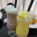 Oreo巧克力冰沙&芒果冰淇淋冰沙