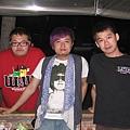 左:蘇煜程  中:弘儒  右:me (2010.05.12 in 台南)