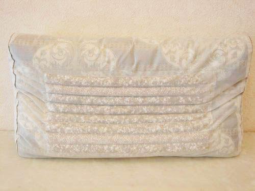 電氣石涼枕