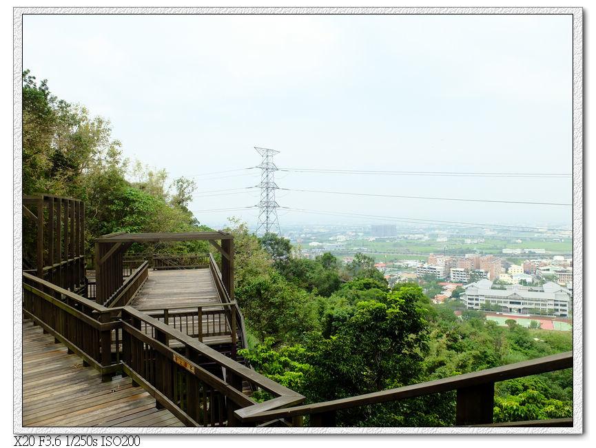 中心隴登山步道觀景台.2