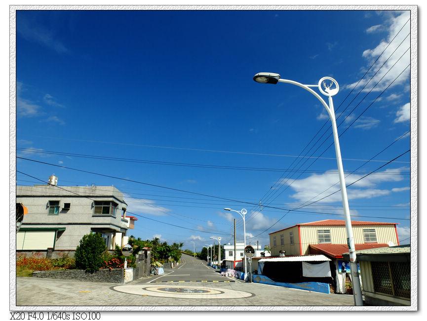 正興村的街道