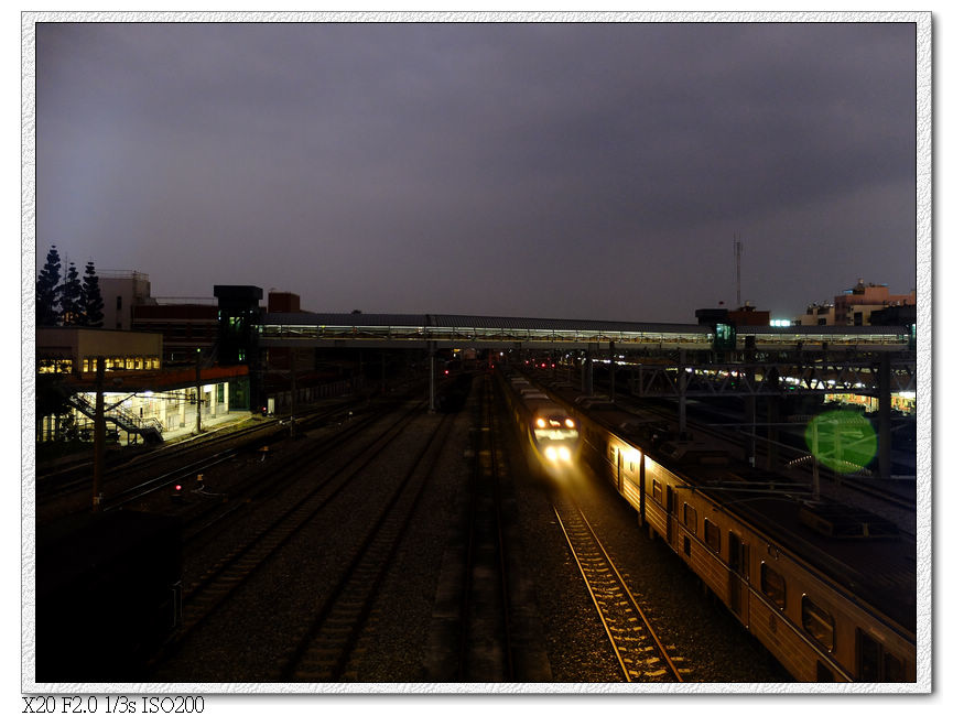 天橋上看嘉義站場