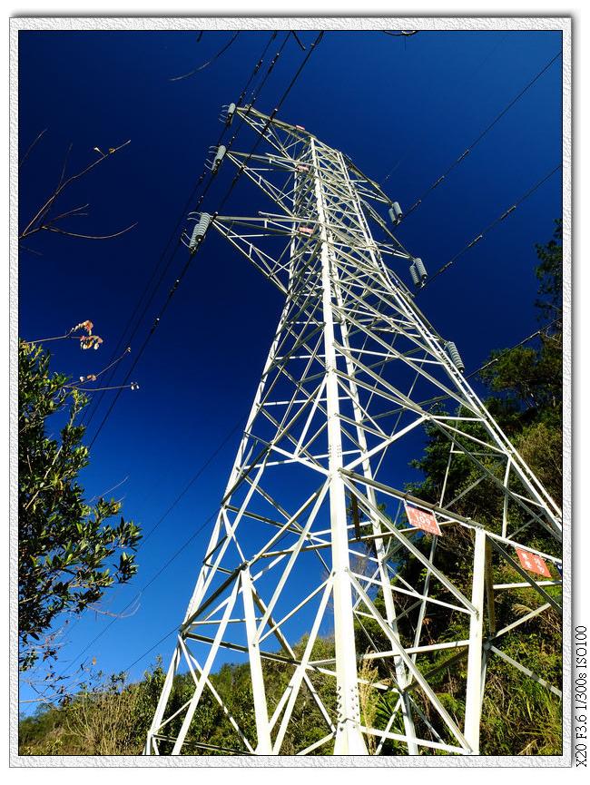 09:27 第一座電塔