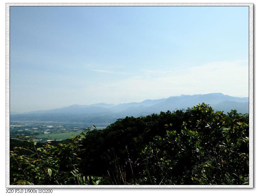頭嵙山往下看的風景