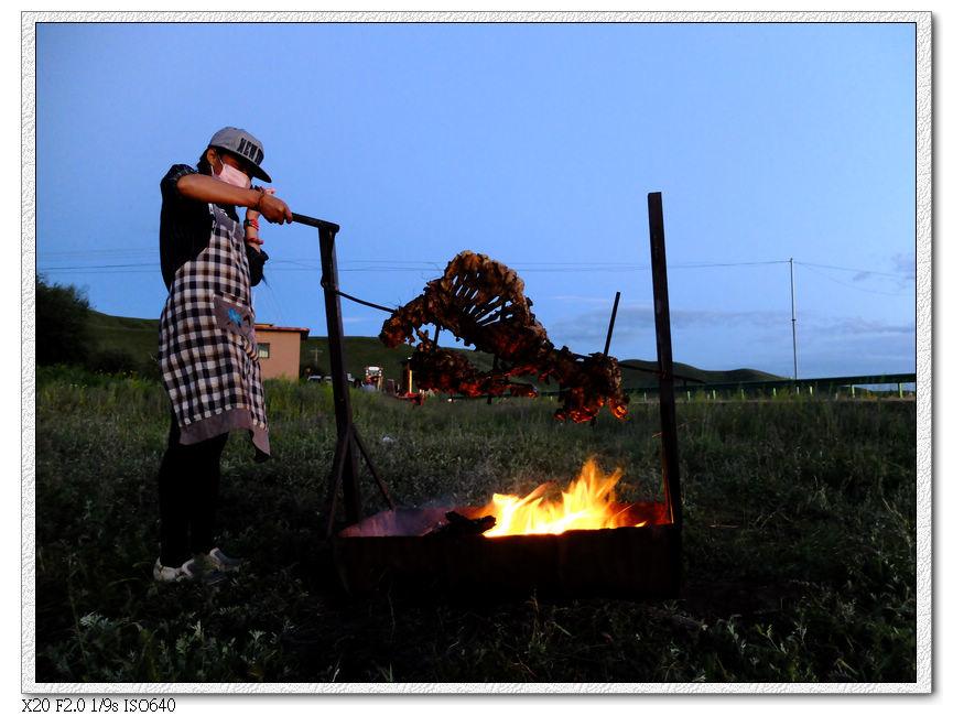 客棧晚上有篝火晚會,我就沒看了