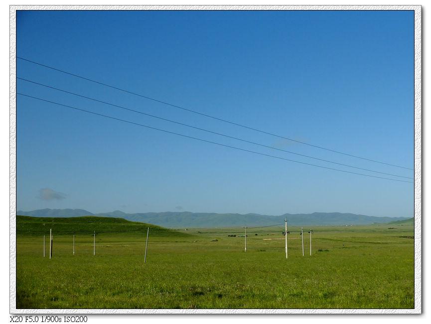 天亮後的唐克草原