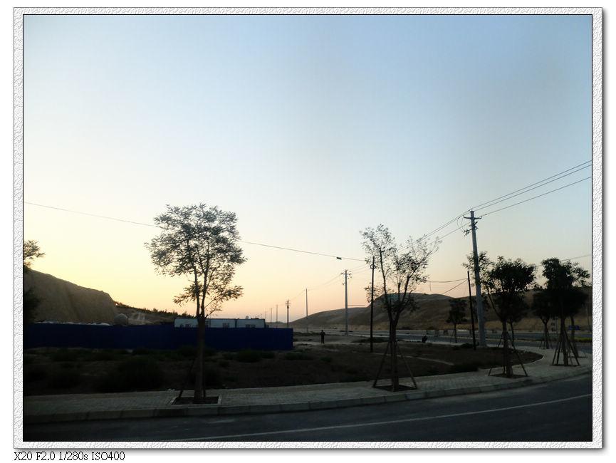 接近機場時的日出