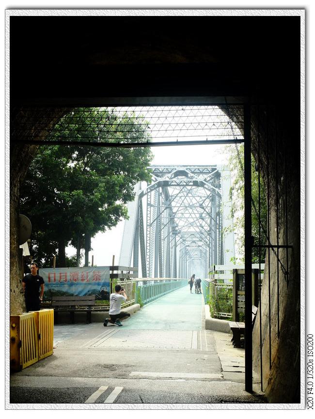 出口就是舊山線花鋼樑橋