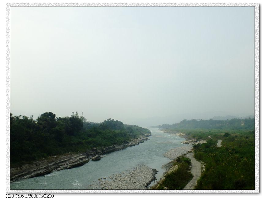 大安溪,過去就是東勢了