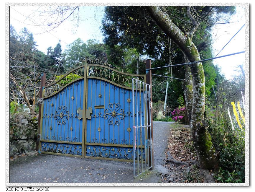 進入馬崙山的入口果園,屬於私人土地,記得不要製造聲音吵到果園主人