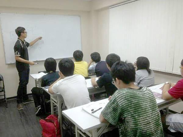 國中補習班上課