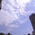 學校-雲的變化