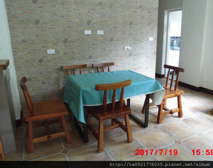木桌3.jpg