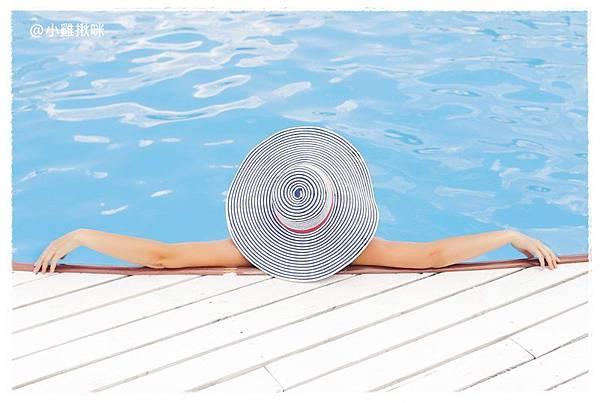 pool-690034_960_720.jpg