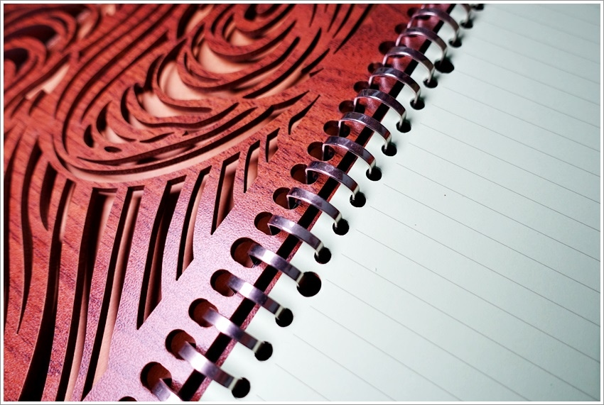 台中生活-木頭方程式木質文創風客製化筆記本設計-送禮物首選