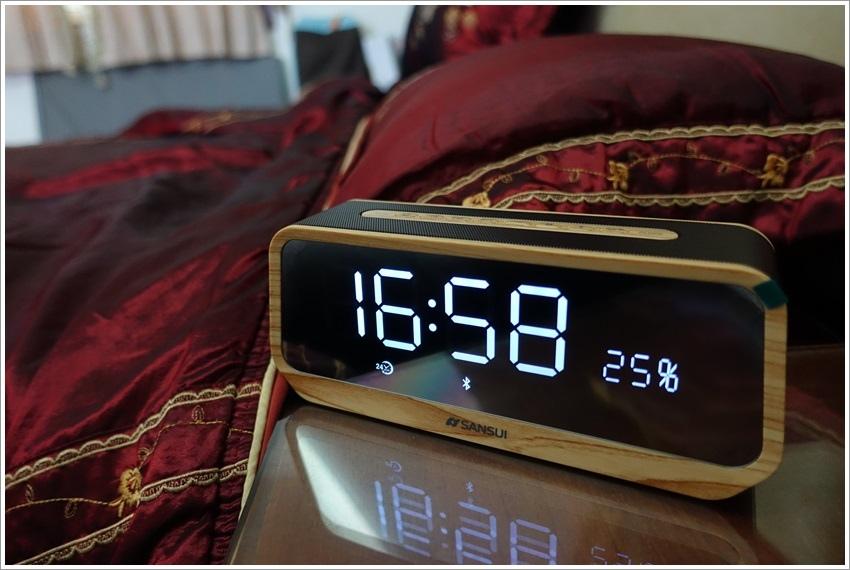 開箱文-山水SB-16鬧鐘木質鏡面藍芽播放器(喇叭)%2FAUX in%2FTF%2FFM