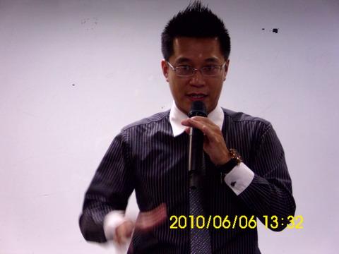 高明澤講師.JPG