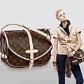 經典老花馬鞍包 斜跨包 女士必備變色牛皮包包 M42256