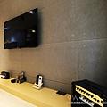 【輕工業LOFT】新北三重-公寓  九木住宅設計 系統家具 林口店 電視牆 電視牆設計 電視牆風格 電視牆裝潢 電視牆造型 電視牆收納 客廳壁紙 電視牆擺設 電視牆佈置 電視牆顏