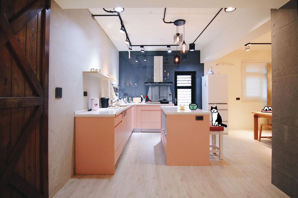 粉紅色廚房 系統廚具 林口室內設計 林口系統家具 九木室內設計 九木系統傢具