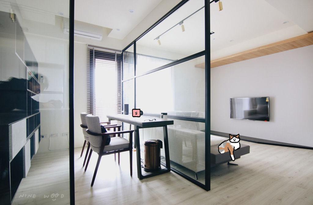 工作房設計 電視牆設計 實木設計 玻璃門 玻璃書房設計