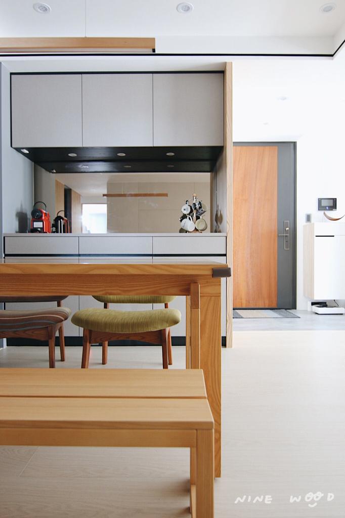 茶鏡 中島設計 中島廚房 中島櫃設計 中島廚房設計 廚房餐廳設計 廚房收納設計 廚房收納 烤漆玻璃