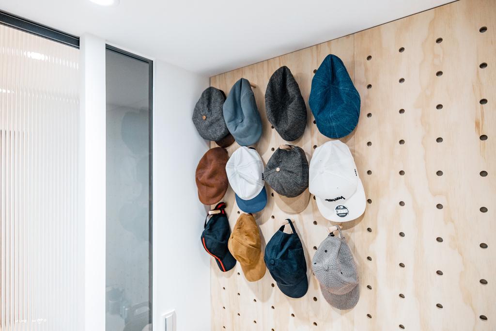 更衣室 更衣室設計 更衣室玻璃拉門 更衣室洞洞板 更衣室衣帽設計