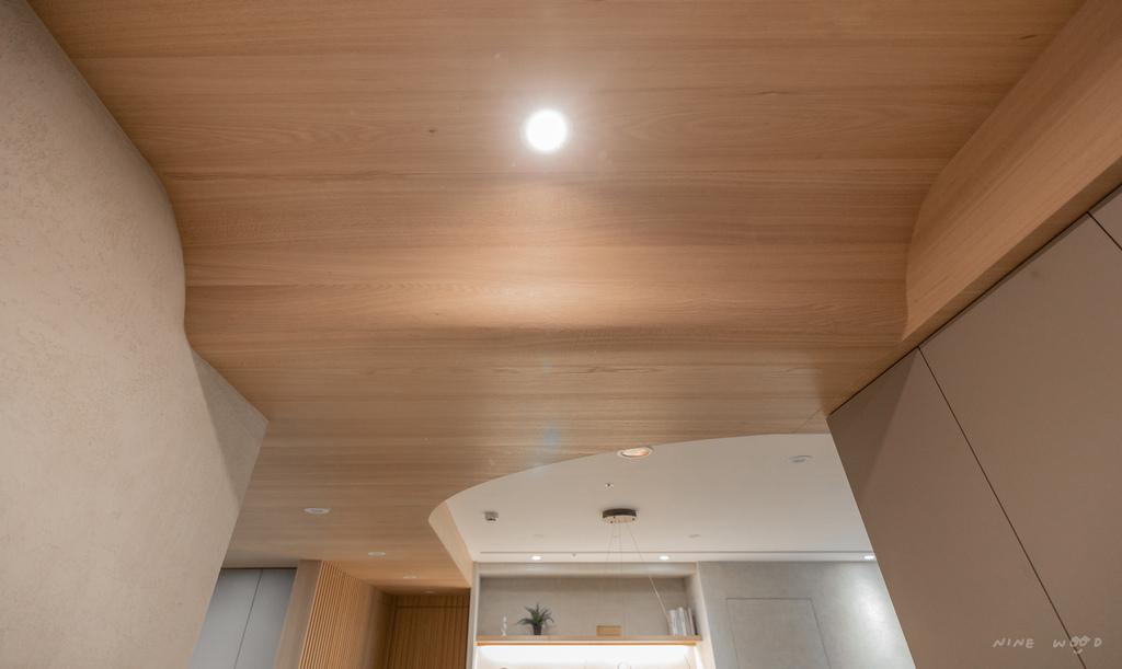實木貼皮 KD 實木天花板 天花板設計 曲線設計