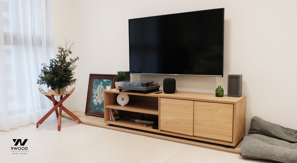 信仰  電視牆 客廳裝修 室內設計