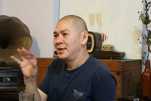 蔡明亮導演在蔡李陸咖啡暢談電影人生.JPG