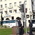 電影裡都演笨蛋的馬賽警察,跟巴黎警察不合