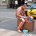 在準備中的街頭藝人