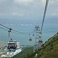 昂坪360纜車,坐一趟大概要20分鐘,可看到山和海,超漂亮的