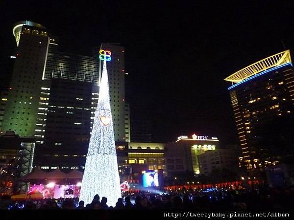 新北市政府聖誕樹 062.JPG
