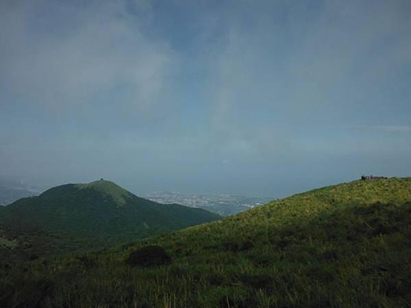 大屯山群峰 040